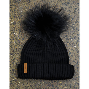 Black Hat Set Black Pom Black