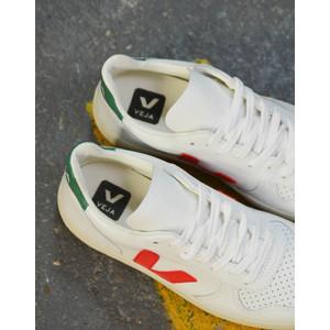 Veja V-10 Leather Extra White Perkin Emerald