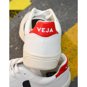 Veja V-10 Leather Extra White Nautico Perkin