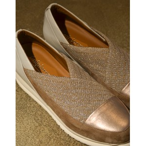 Calpierre Stretch Wedge Shoe in Biscuit/Gold