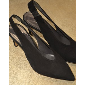 Calpierre Sling Back Point in Black