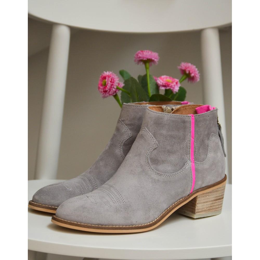 Alpe Ankle Boot W/Fluro Trim Ice
