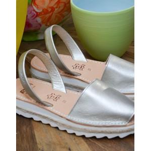 Metallic Peep Toe Sandal Pearl