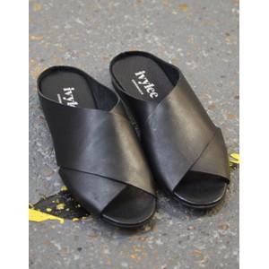 Marocco Slide Sandal Black
