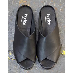 Ivylee Marocco Slide Sandal Black