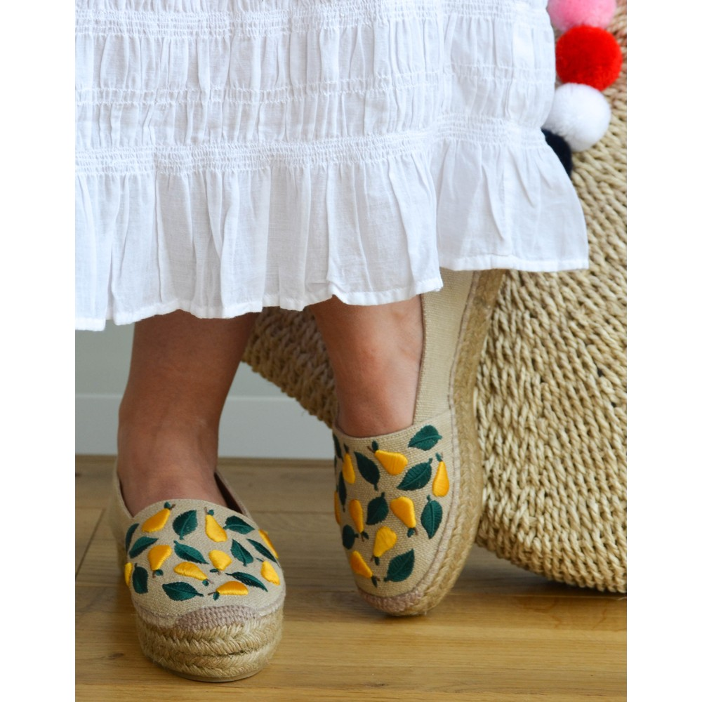 Castañer Kenda Embroidered Pear Shoe Natural/Yellow