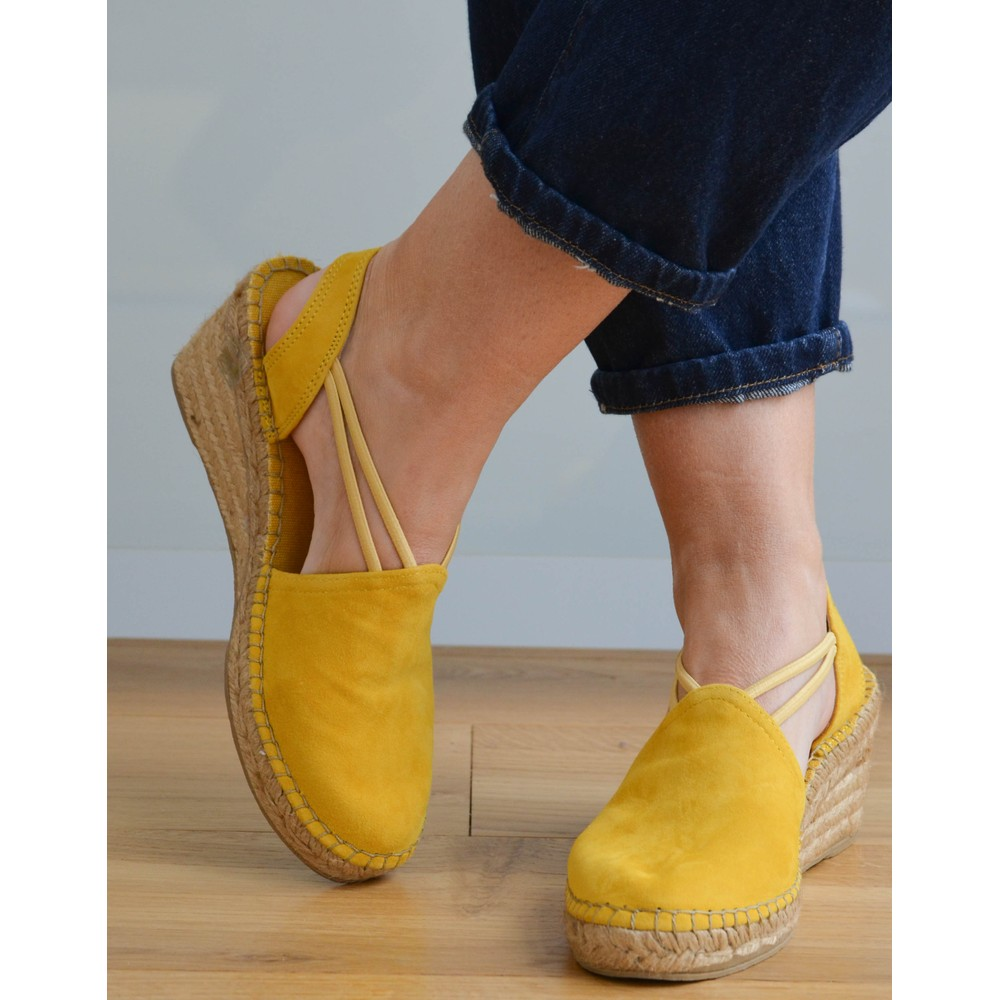 Toni Pons Tremp Stretch Low Wedge Yellow
