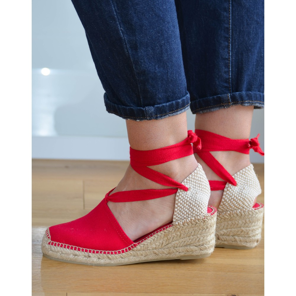 Toni Pons Valencia Ankle Tie Wedge Red