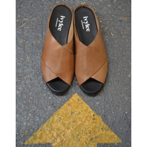 Ivylee Marocco Slide Sandal Dark Tan