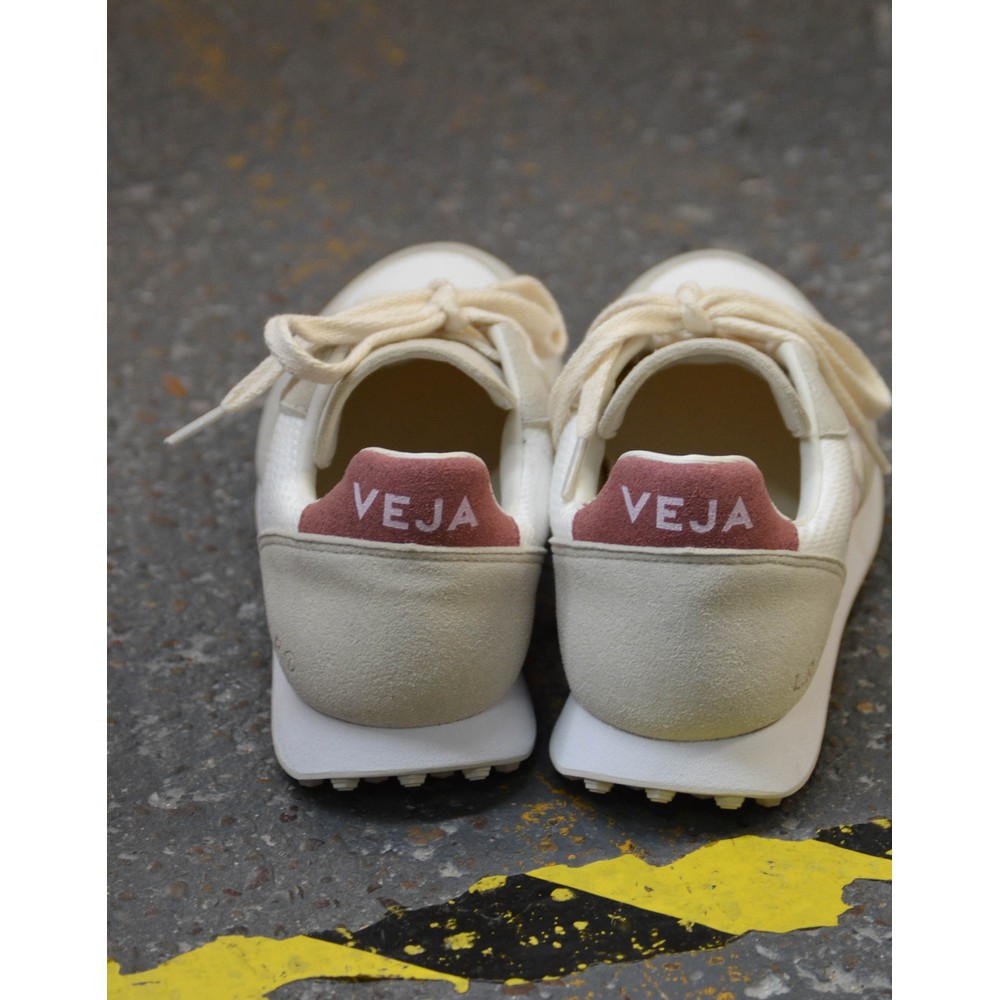 Veja SDU Hexa Mesh Trainer White/Dried Petal