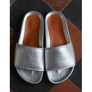Penelope Chilvers Sol Metallic Slide Silver