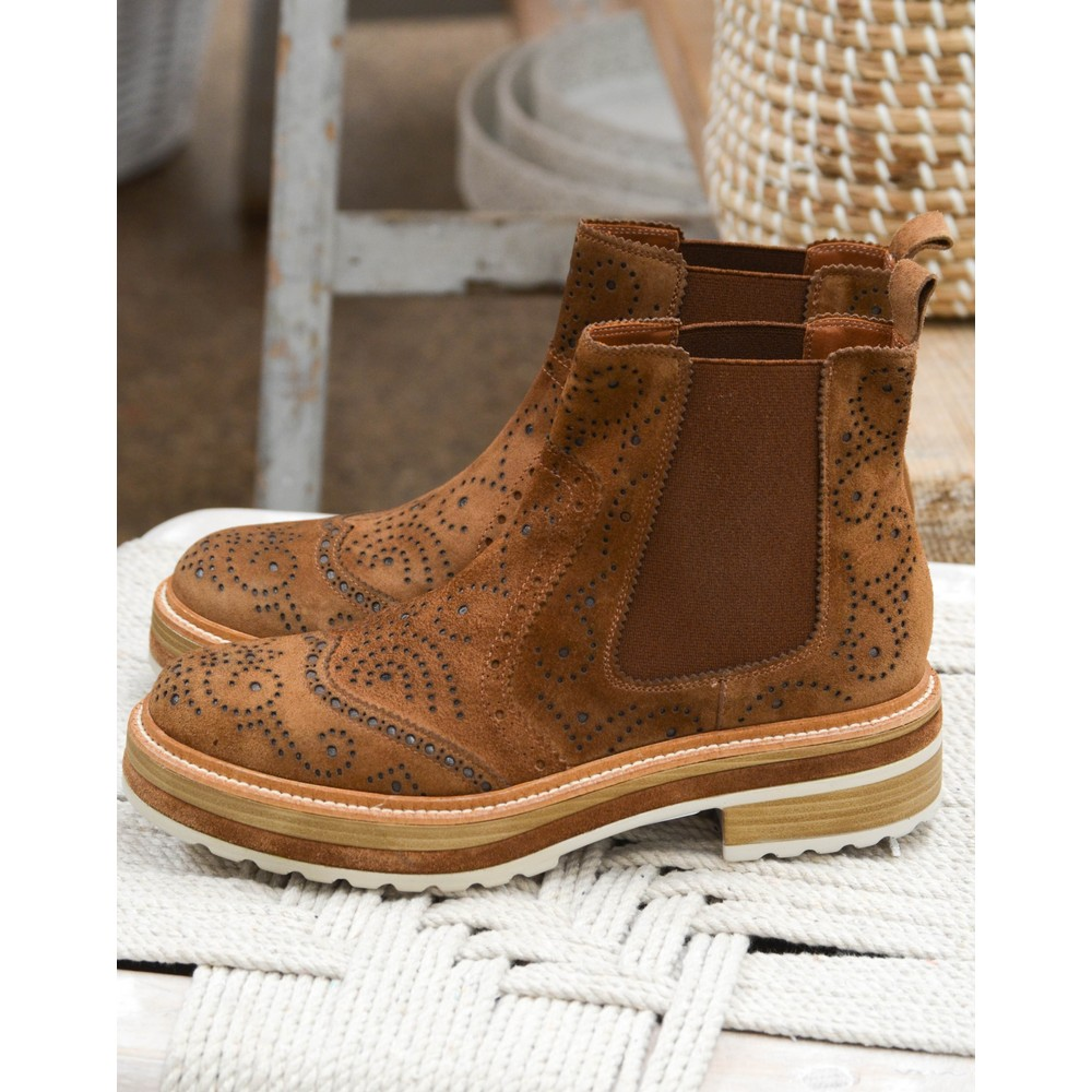 Pons Quintana Cutout Suede Boot Toffee