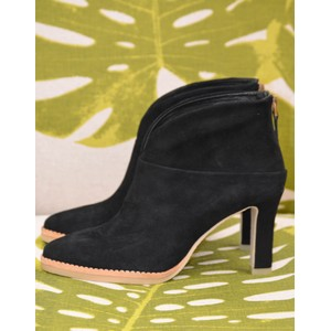 Herne V Cut Zip Ankle Boot Black