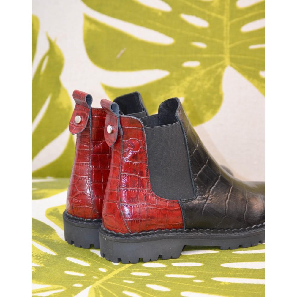 Shoe The Bear Hailey Chelsea Croc Boot Black/Burgundy