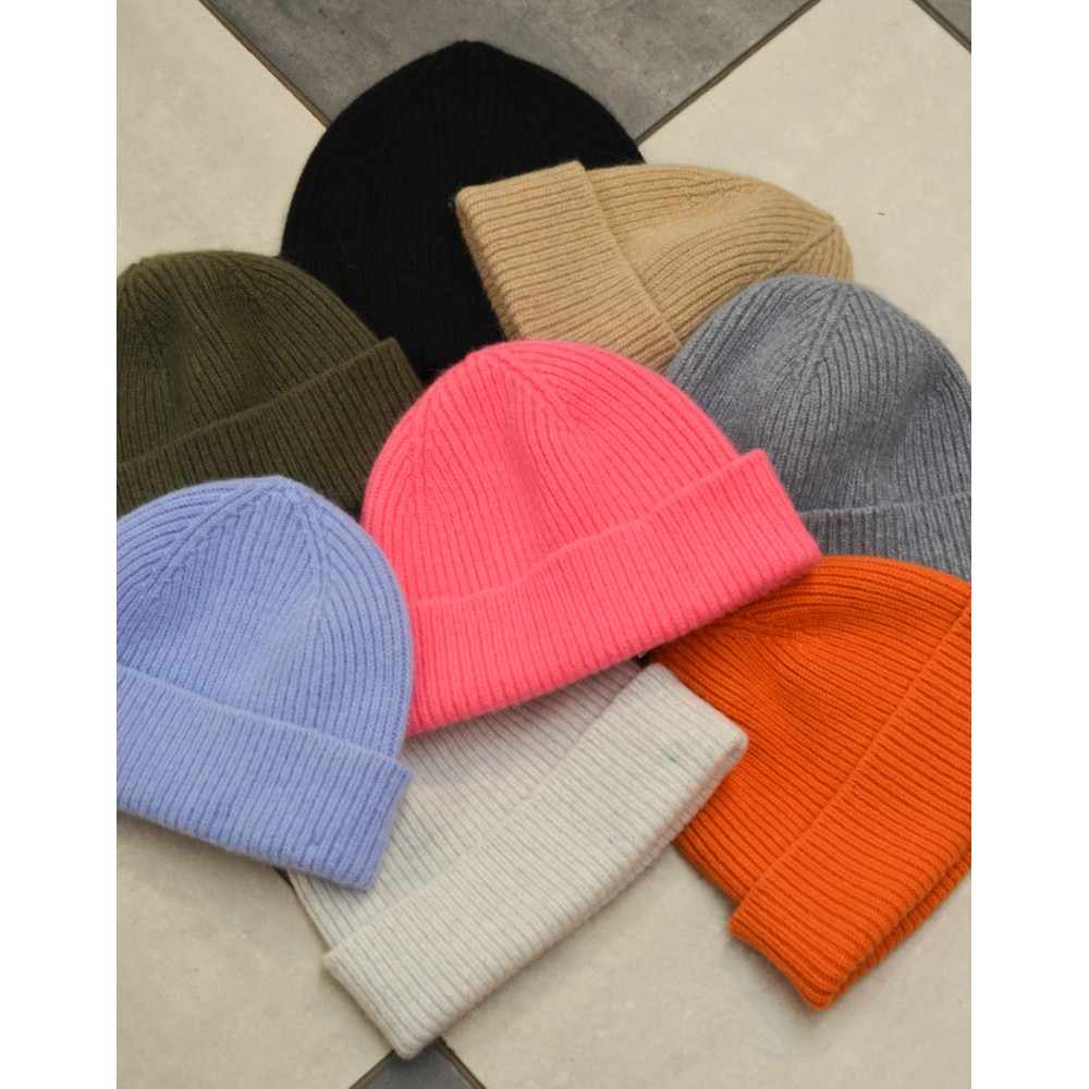 Le Bonnet Rib Knit Beanie Onyx