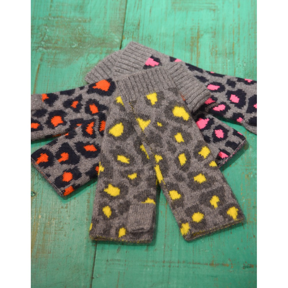 Somerville Leopard Knitted Wrist Warmer Grey/Navy/Pink