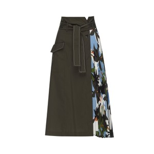 Sfizio Side Pleated Skirt Khaki