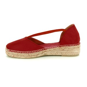 Erla Suede Shoe Stretch Straps Red