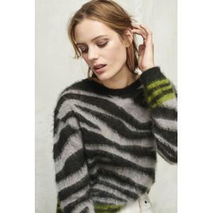 Contrast Trim Tiger Stripe Knit Light Grey/Black/Olive