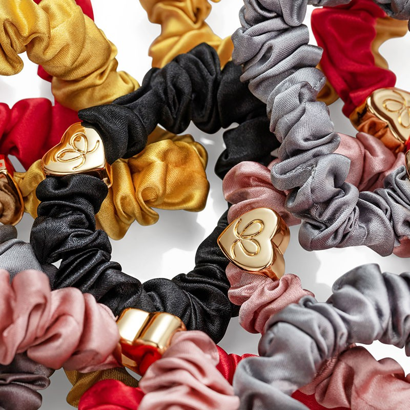 By Eloise Gold Heart Silk Scrunchie Pink Champagne