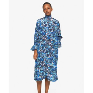 Aeverie Hi Neck L/S Dress Blue Hydrangea