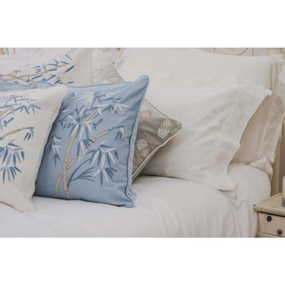 Elizabeth Scarlett Bambou Cushion -100% Cotton White