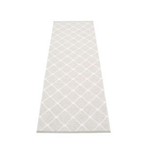 Rex Diamond Motif Reversible Rug Fossil/White