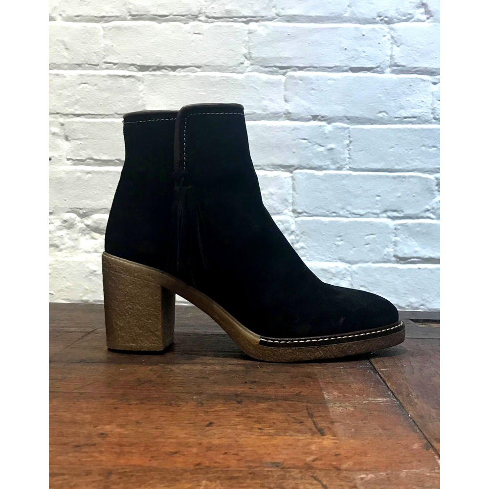 Alpe Side Tassel Boot Brown Leather Trim Black