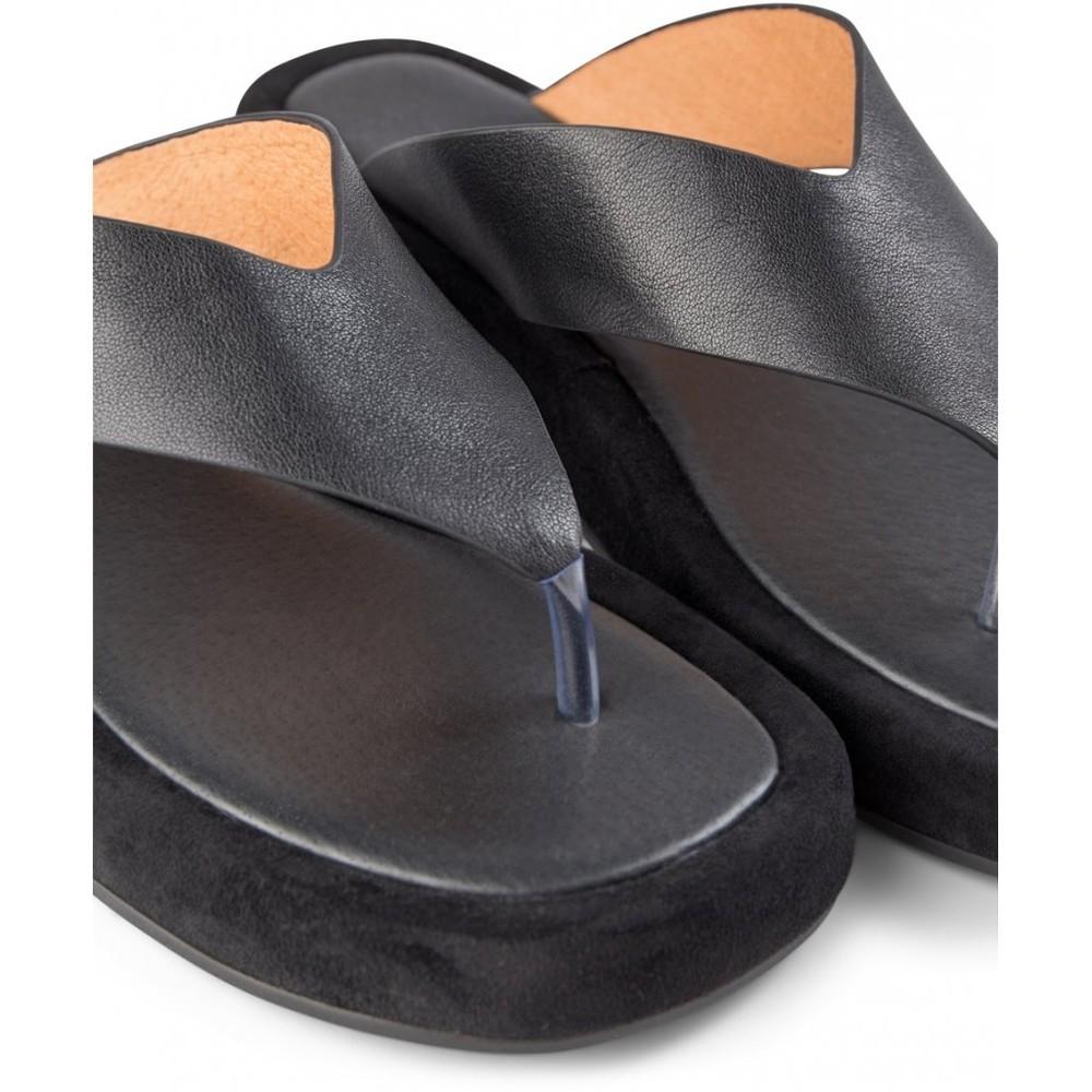 Shoe The Bear Astrid Thong Sandal Black