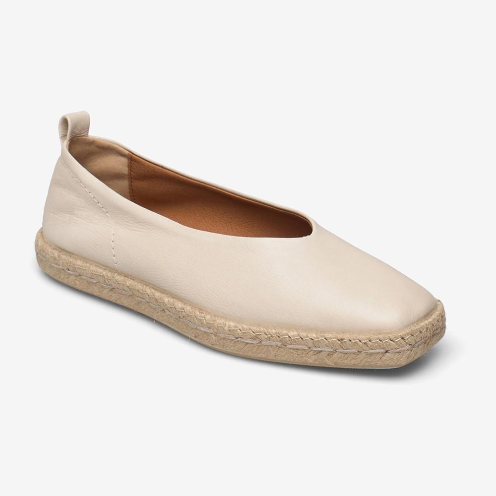 Shoe The Bear Palm Ballerina Loafer Off White