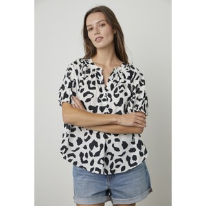 Velvet Ivonne Leopard Puff Sleeve Blouse White/Black