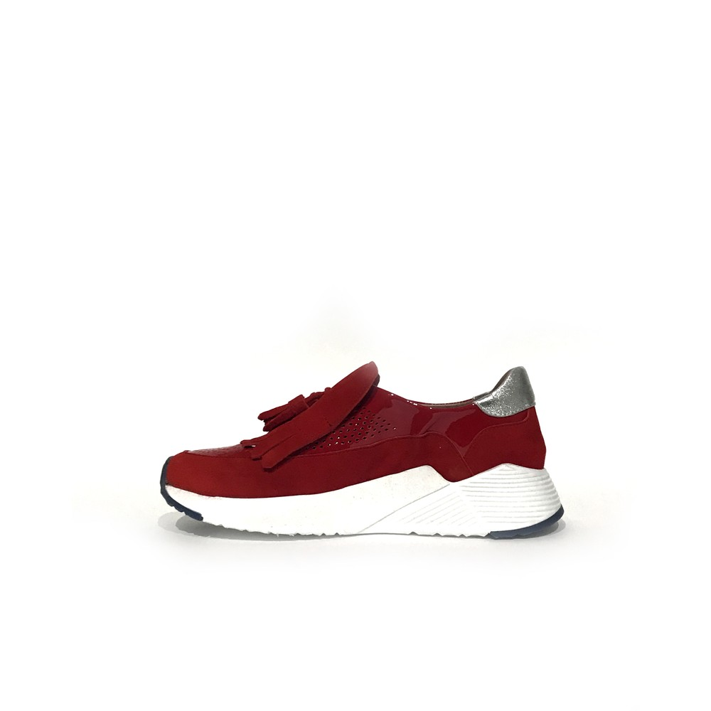 Calpierre Tassle Cut Out Slip On Trainer Red