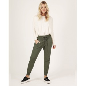 Suzy D The Ultimate Joggers in Olive