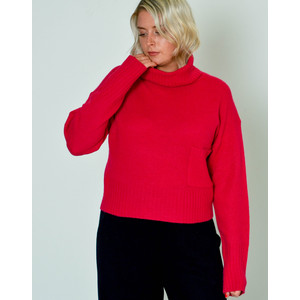Isilda Roll Nk Jumper Front Pocket Magenta