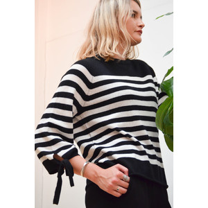 Cacey Stripe Knit Cashmere Jumper Black/White